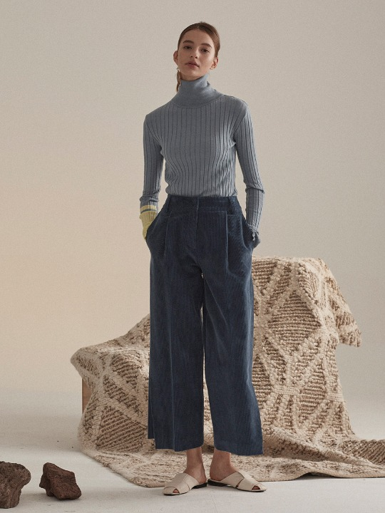 Corduroy Semi Wide Crop Pants_Monaco Blue