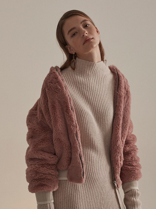 Seine Faux-Shearing Fur Jumper_Rose Beige