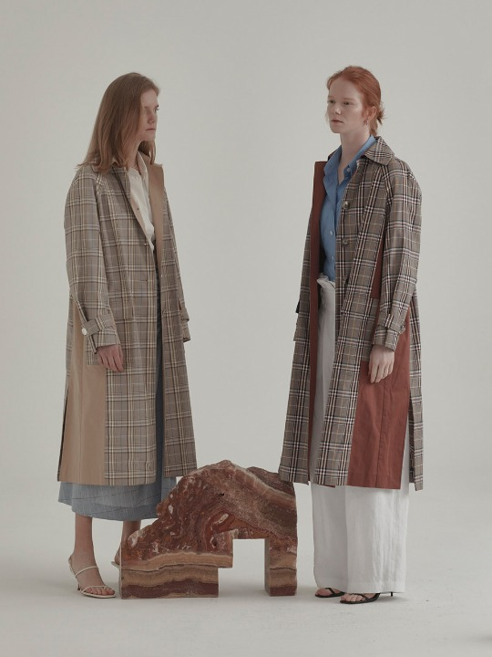 [안현모 착용] Bruxelle Oversized Check Trench Coat_Brick Check