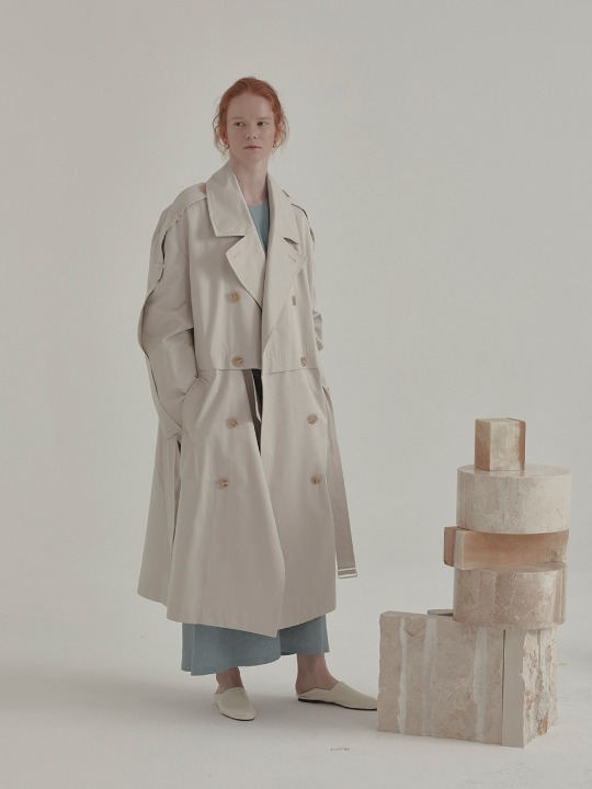 Fieno Oversized Trench Coat_Light Beige