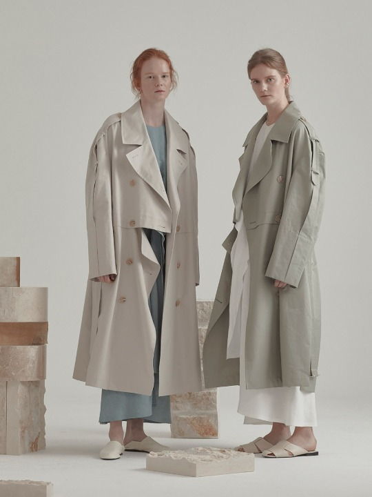 Fieno Oversized Trench Coat_Light Khaki